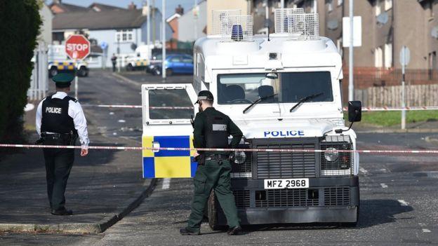 Policía en Derry