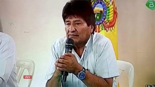 Evo Morales anuncia su renuncia