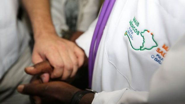 Jaleco do Mais Médicos
