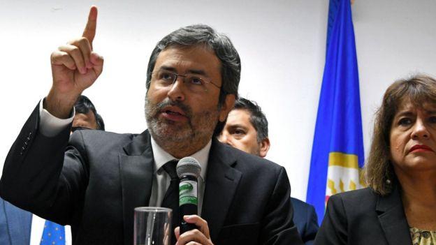 Juan Jiménez Mayor, jefe de una misión de la OE
