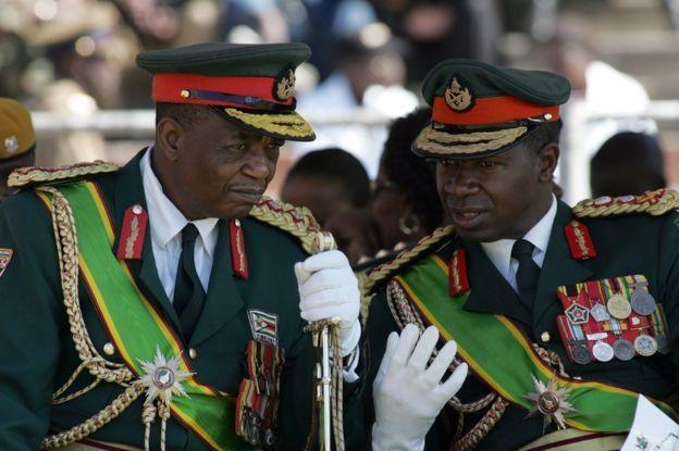 L'actuel président est proche du chef de l'armée, le général Constantino Chiwenga.