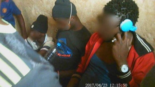 Imágenes de los traficantes filmadas por Azeteng.