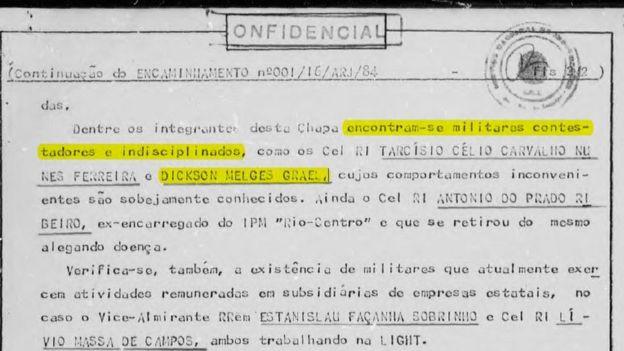 Reprodução de documento que menciona o pai de Lars e Torben Grael, Dickson Melges, como 'indisciplinado'