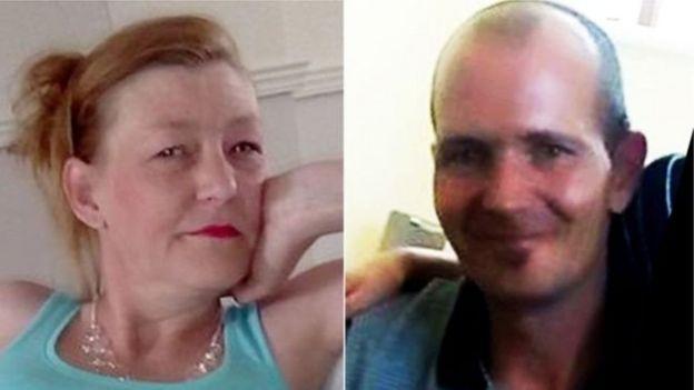45岁的罗利(右)和他44岁的伴侣斯特奇斯女士