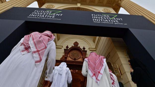 Guardian yazarı: İngiltere ruhunu Suudilere sattı, yazıklar olsun