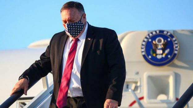 Mike Pompeo leaves his official aeroplane at Heathrow Airport on 20 July 2020