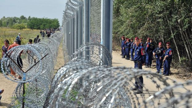 Hungarian border fence, Sept 2015