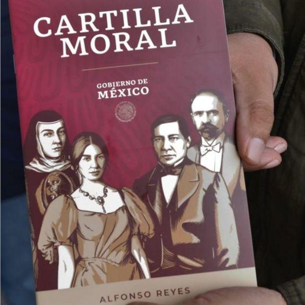Ejemplar de la Cartilla Moral
