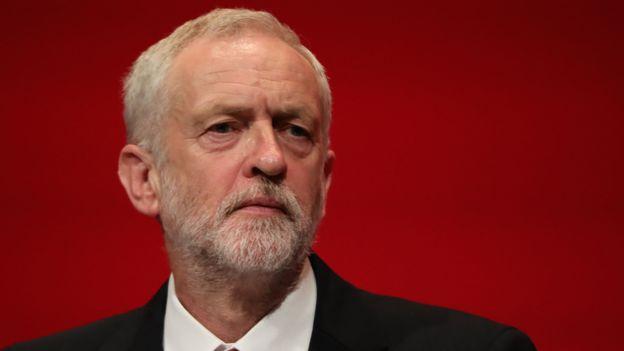 Partinin eski lideri Jeremy Corbyn, görevden almayı desteklemedi