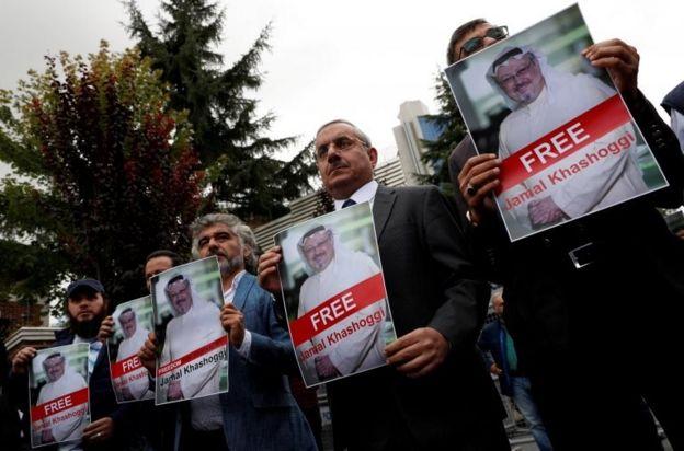 Suudi Arabistan'ın İstanbul Başkonsolosluğu önünde düzenlenen prostesto gösterisi