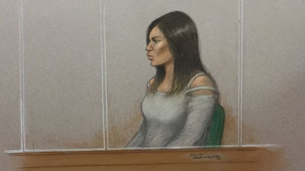Safaa Boular in a court sketch from her trial./Ph. Julia Quenzler