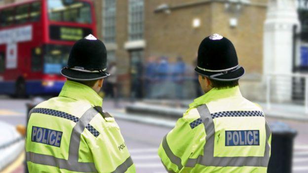 policia no Reino Unido