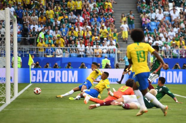 La imagen que describe perfectamente del gol de Neymar.