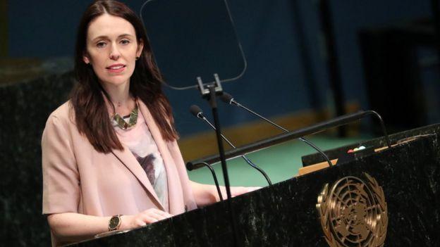 新西兰总理阿德恩在曼德拉和平峰会上讲话。
