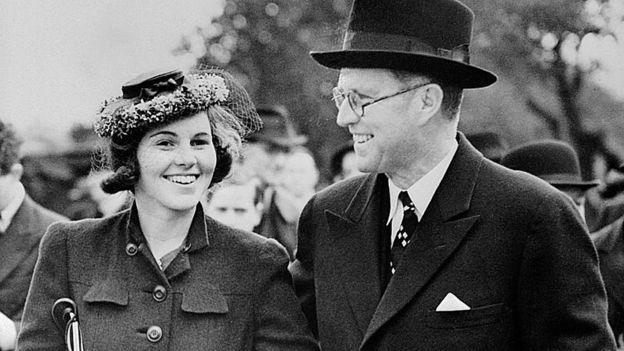 Rosemary Kennedy com o pai
