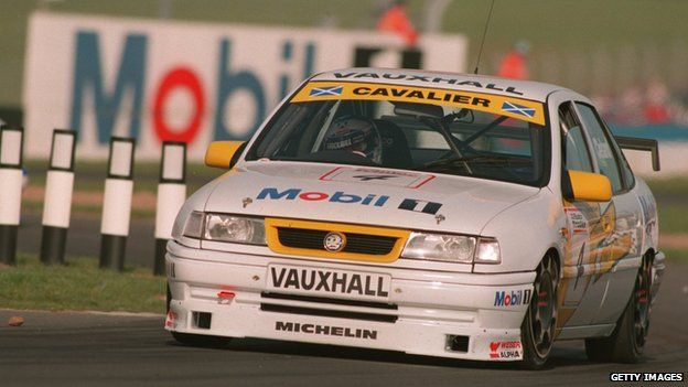 Vauxhall Cavalier winning a touring car race at Donnington Park in 1995