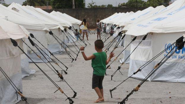 Acampamento de refugiados venezuelanos montado pelo Exército Brasileiro e a Agência das Nações Unidas para Refugiados em abril de 2018