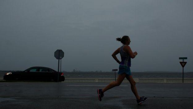 Persona corriendo en Tampa, Florida