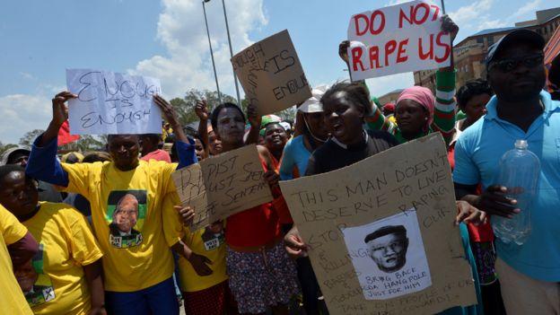 Protestas contra la violación.
