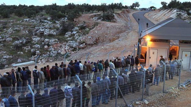 Paso al territorio controlado por Israel