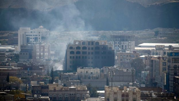 Smoke rises during the battle between former Yemeni President Ali Abdullah Saleh's supporters and the Houthi fighters in Sanaa, Yemen December 3, 2017