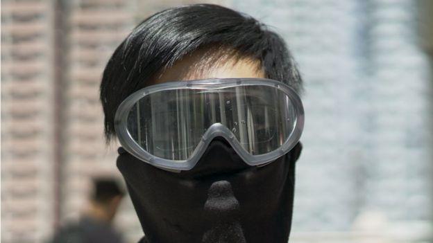 Charlie W. antes de manifestação em Hong Kong