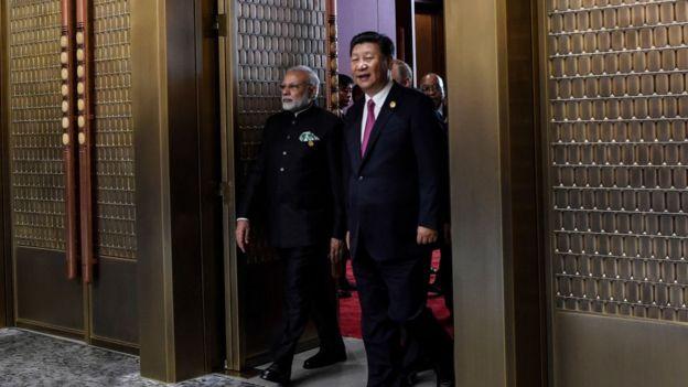 Xi y Modi en Pekín en 2017.