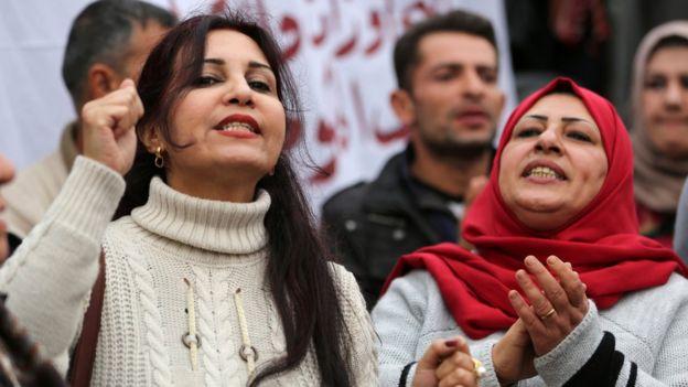 """عراقيون عن قانون الأحوال الجديد """"دعشنة وعودة للجاهلية"""""""