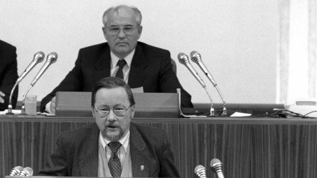 От трибуны Съезда народных депутатов СССР до Европарламента. Лидер постсоветской независимой Литвы Витаутас Ландсбергис