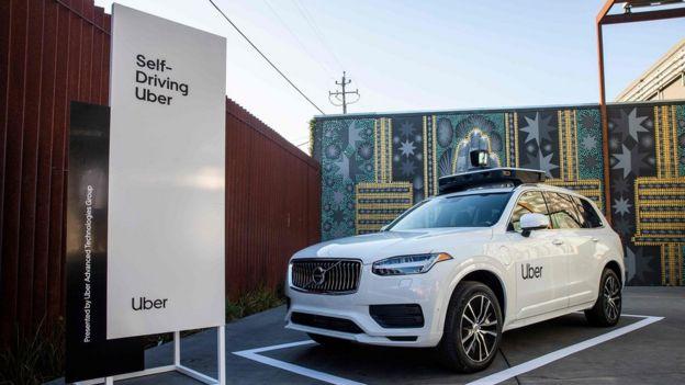 Veículo autônomo da Uber exposto em evento da empresa em setembro, na Califórnia