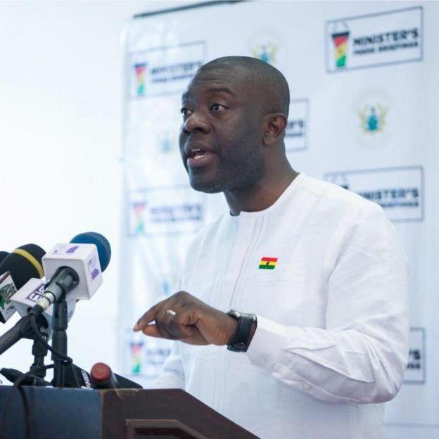 Osu castle: Ghana Gov't deny claims say dem turn former lodge into
