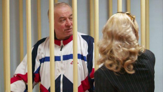 Serguéi Skripal comparece ante un tribunal en Moscú en 2006.