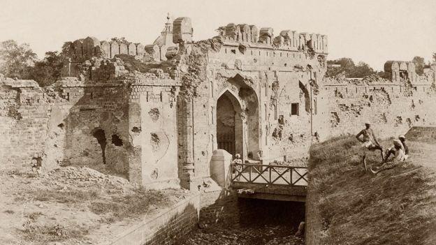 कश्मीरी गेट
