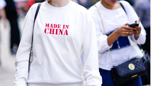 Việc TQ tìm thị trường cho hàng giá rẻ bán ồ ạt sang VN sẽ gây thêm vấn đề cho kinh tế VN, theo TS TS Phạm Đỗ Chí.