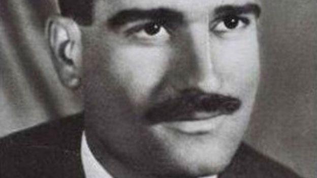 إيلي كوهين تقمص شخصية رجل أعمال سوري