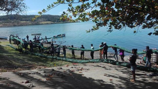 Las comunidades se han unido para proteger la isla.