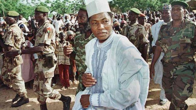 Le président Ibrahim Baré Mainassara, en campagne, en 1996 à Dosso.
