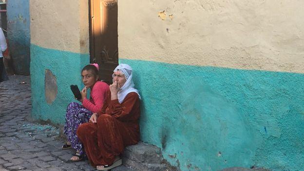 Sur'un öbür yakasında sokak