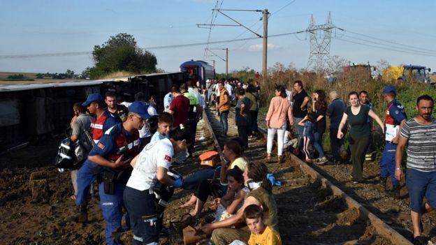 Tekirdağ'da tren kazası: 24 kişi hayatını kaybetti, 124 yaralının tedavisi sürüyor