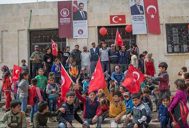 مدرسة في عفرين وغياب أشكال الانتماء السوري