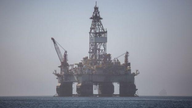 Plataforma petrolera en Angola