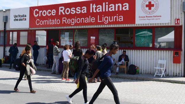 Италия недовольна тем, что Франция отправляет назад прибывающих с итальянской территории мигрантов