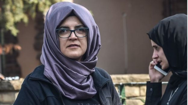 Hatice Cengiz, fiancee of missing Saudi journalist Jamal Khashoggi, waits outside the Istanbul consulate, 3 October 2018