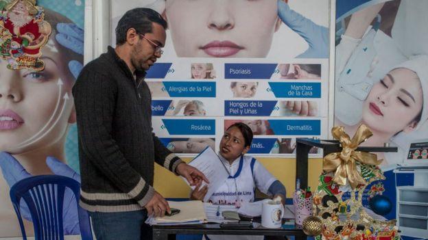 Médico venezuelano no Peru