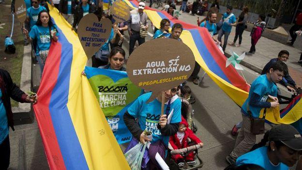 99818784 gettyimages 455875458 1 - Los niños y jóvenes colombianos que presentaron la primera demanda de América Latina contra un Estado exigiendo que les garanticen un futuro sin tragedias ambientales