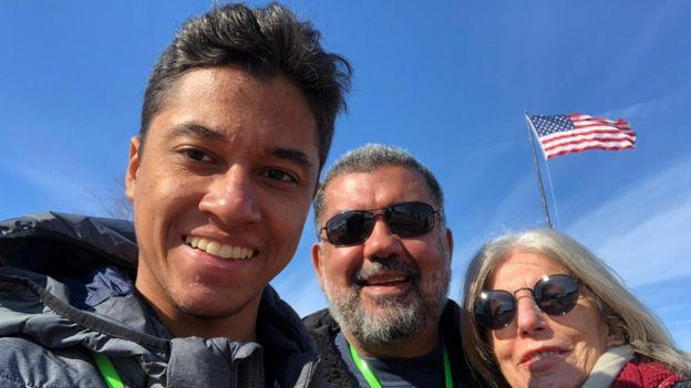 O executivo Murilo Queiroz se mudou para os Estados Unidos junto com a esposa e o filho, de 19 anos