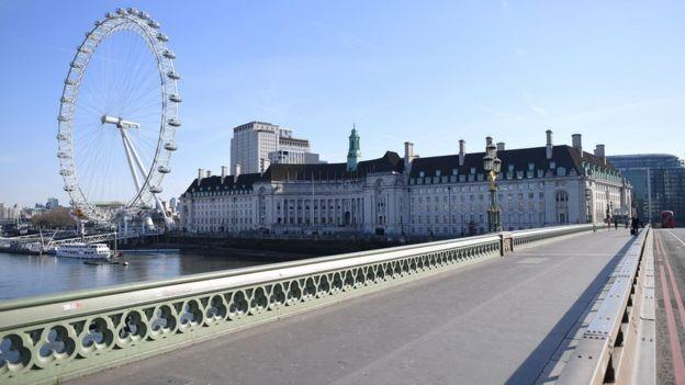 Лондон опустел