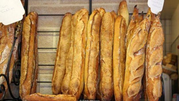 Tổng thống Pháp Emmanuel Macron mới đây tuyên bố rằng baguette là sự thèm muốn của cả thế giới.