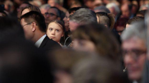 Greta Thunberg escucha el discurso de Trump