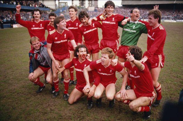 Liverpool campeón de la liga en 1986.